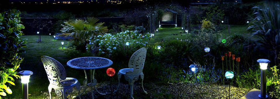Bien choisir ses luminaires jardin est aussi important… même pour l'intérieur !